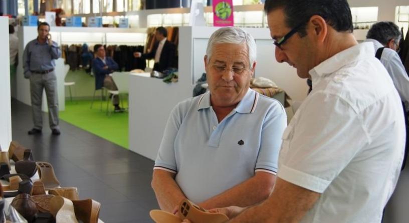Casanova anima al sector del calzado a seguir apostando por la  internacionalización para crecer en competitividad 6b940e37f008