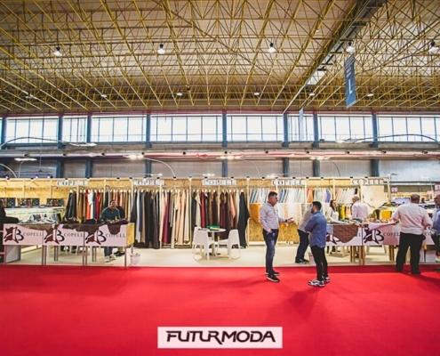 Stand de 36 m2 y trasera alta en Futurmoda